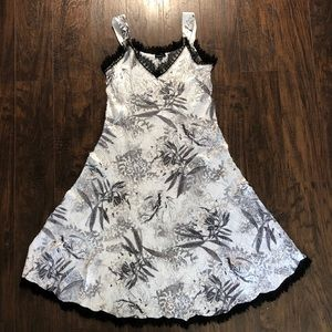 Komarov signature crinkle dress size M